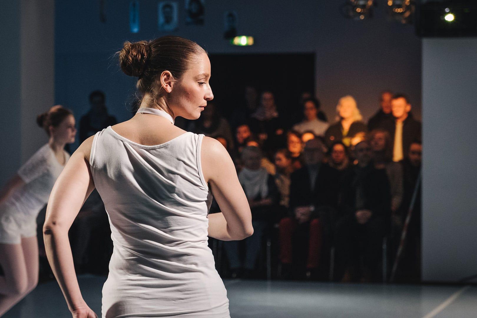 Tanz #Tanz #Lichthaus #Bewegung